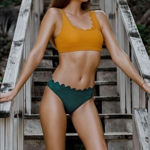Cupshe Scalloped Bikini